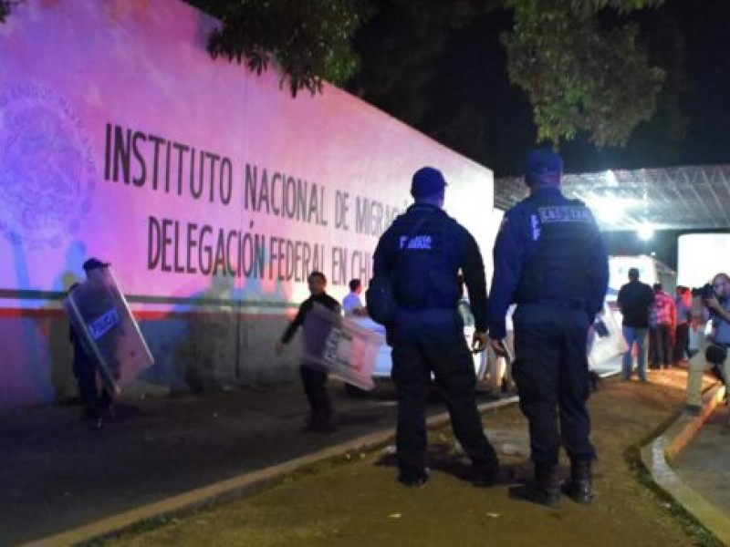 90 migrantes provocan nueva revuelta en el INMI