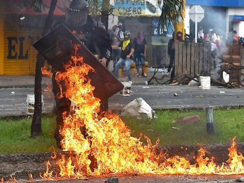 91 heridos tras noche de ataques violentos en Bogotá