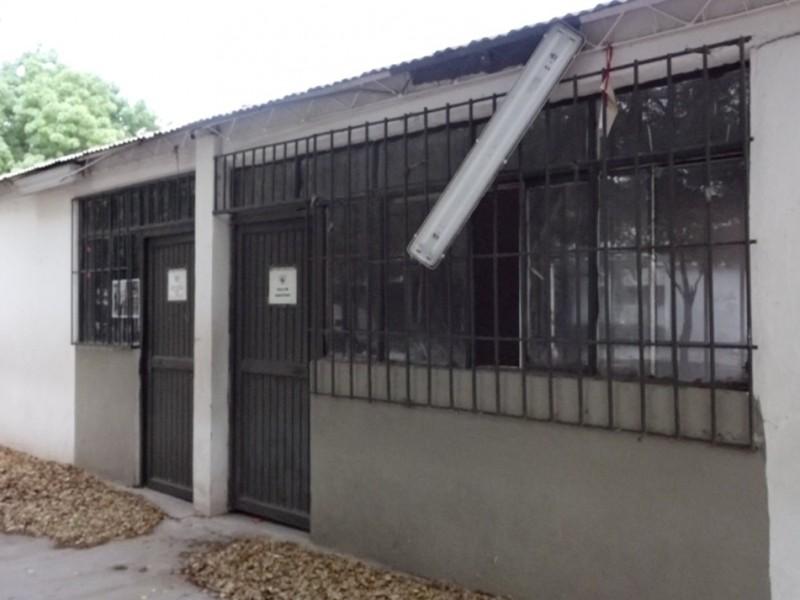 A 11 meses de pandemia, escuelas lucen en total abandono