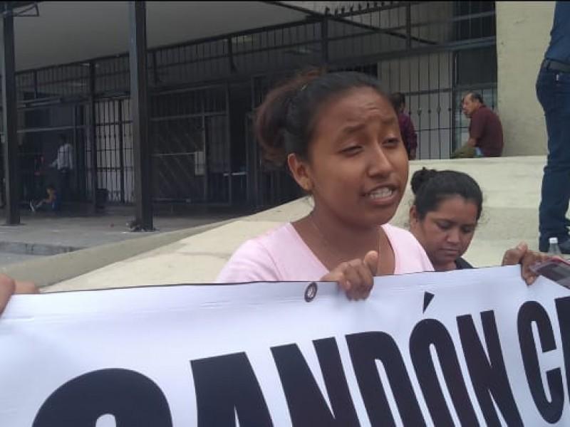A huelga de hambre aspirantes normalistas sin matrículas