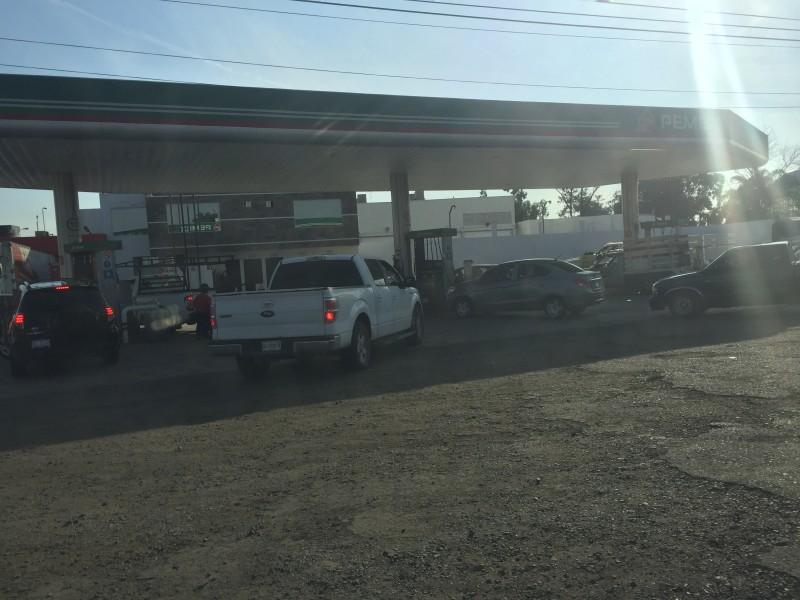 A la brevedad se restablecerá abastecimiento de gasolina