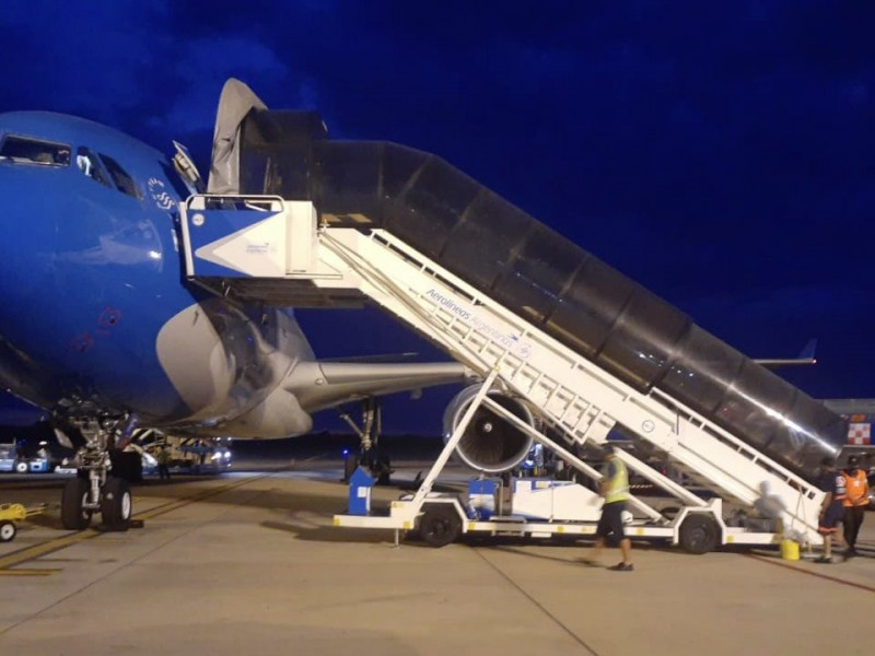 A Moscú tercer vuelo de Aerolíneas Argentinas para recoger SputnikV