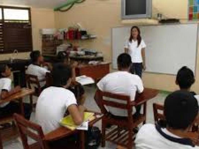 A pesar de carencias alumnos de telesecundarias salen adelante