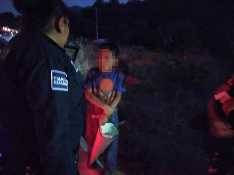 Abandonan a niño en autopista Tepic-Mazatlán