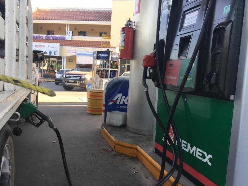 Abasto de combustible  casi regularizado en ZMG