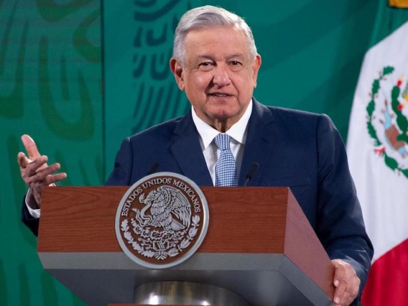 Abogados exigen freno a intimidaciones de López Obrador