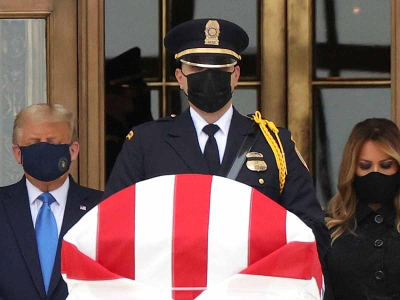 Abuchean a Trump durante funeral de Ruth Ginsburg, destacada feminista