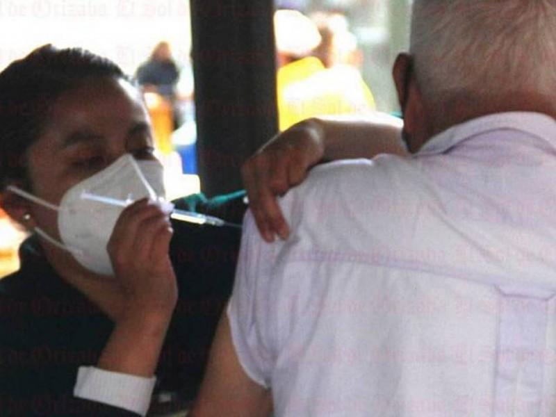 Abuelito muere tras recibir vacuna contra Covid-19 en Azcapotzalco