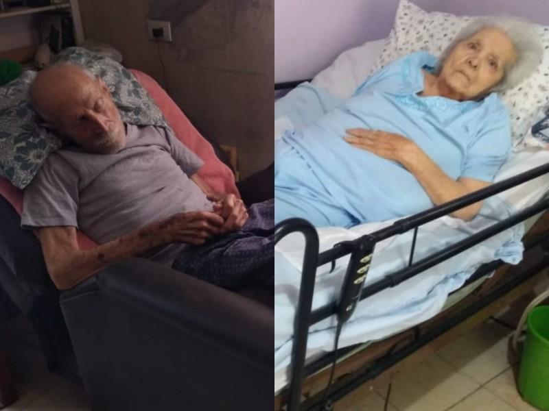 Abuelos postrados en cama reciben vacuna anticovid