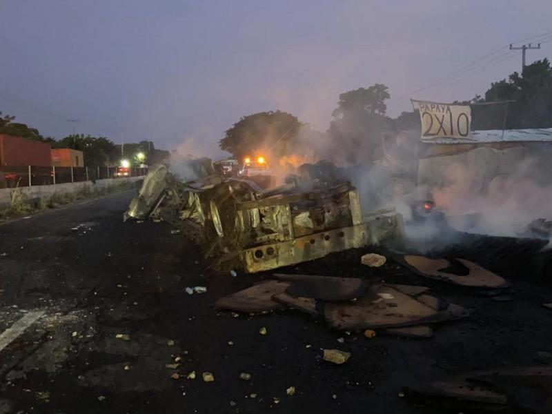 Accidente bloqueó carretera Xalapa-Veracruz durante más de nueve horas