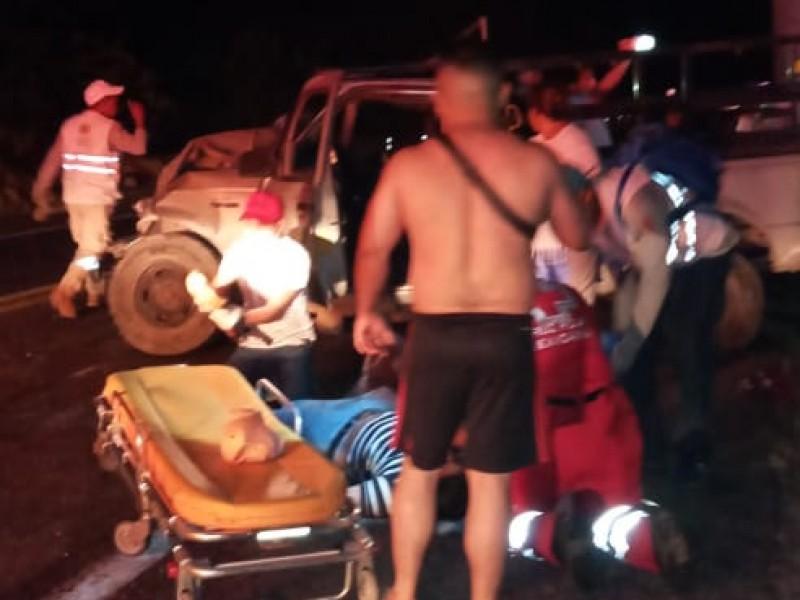 Accidente deja seis lesionados en Arriaga