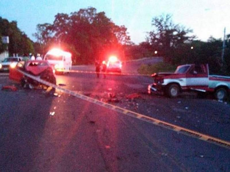 Accidente deja un muerto y dos heridos en carretera Córdoba-Veracruz