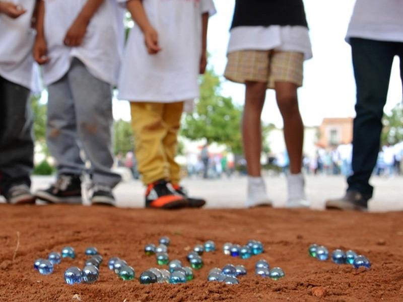 Activista ambiental busca habilitar predio para juegos tradicionales infantiles