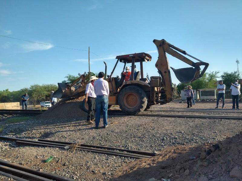 Acuerda tribu yaqui liberación de vías del tren