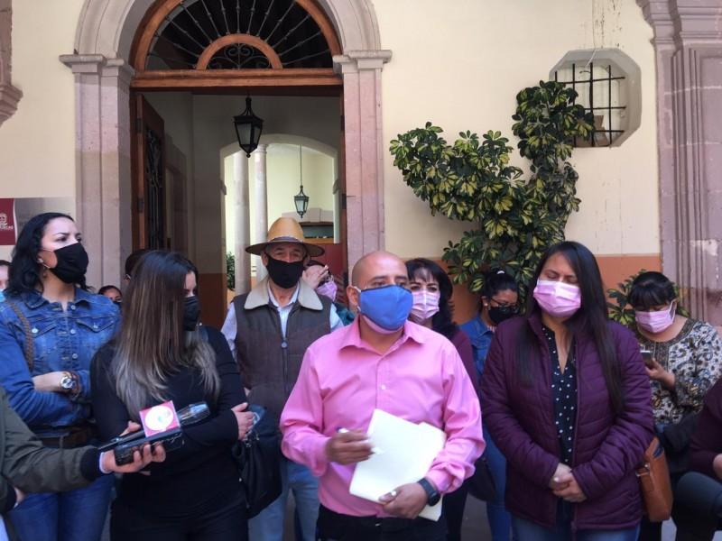 Acusan a Godezac de violar derechos laborales en el SNE
