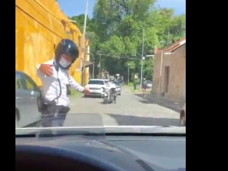 Acusan que Gobernador de Puebla viola reglamento vial