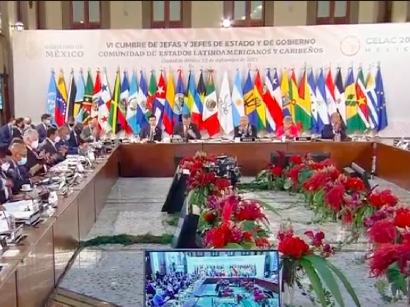 Acusan represión de presidentes en cumbre de CELAC en México