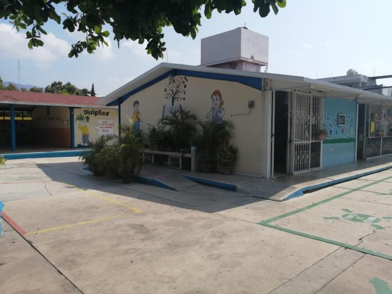 Adelantan suspensión de clases en instituciones educativas de Chiapas