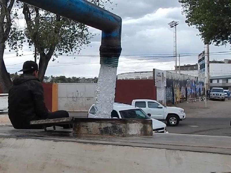 Adjudica Alcalde al huachicoleo parte de la falta de agua