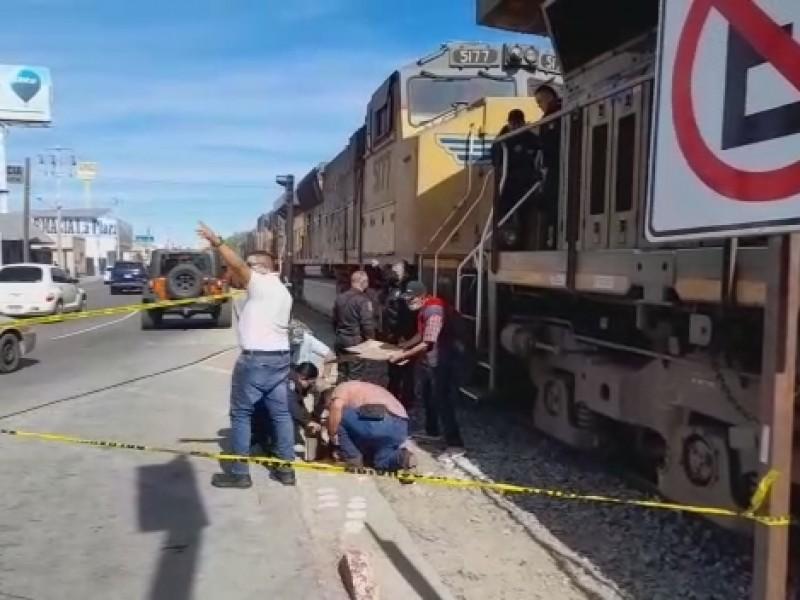 Adolescente es golpeado por ferrocarril en calle Plutarco Elías