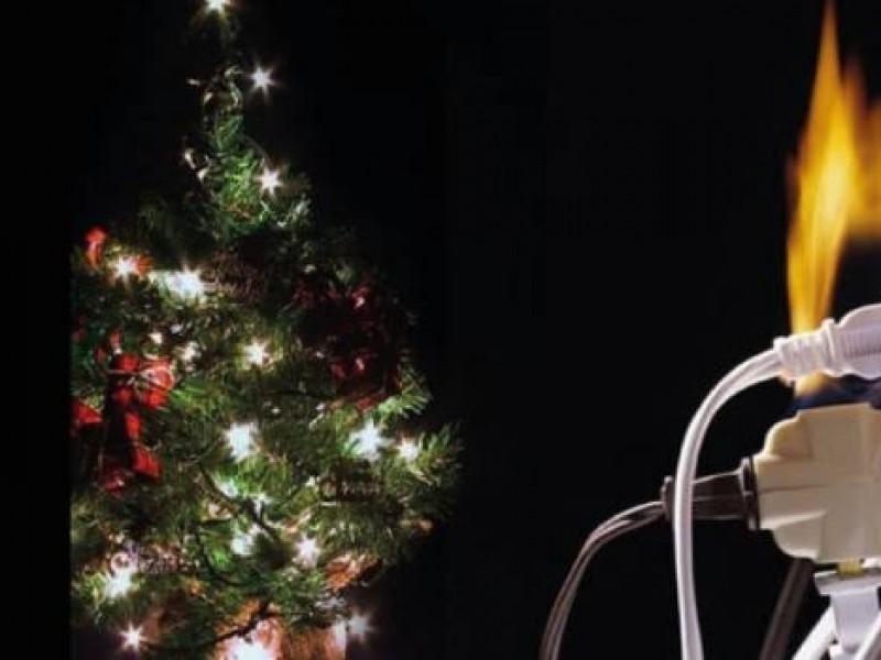 Adornos navideños provocan incendios en Etchojoa