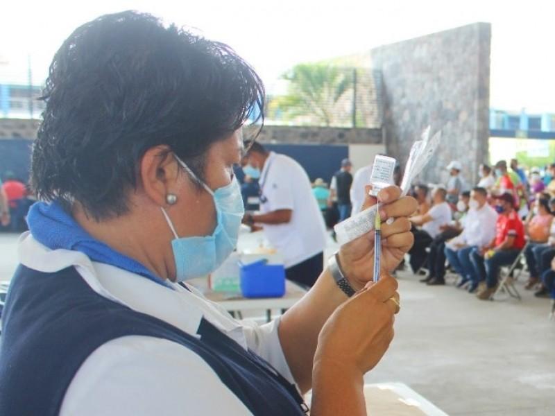 Adriana decide no vacunarse por inseguridad y temor a efectos