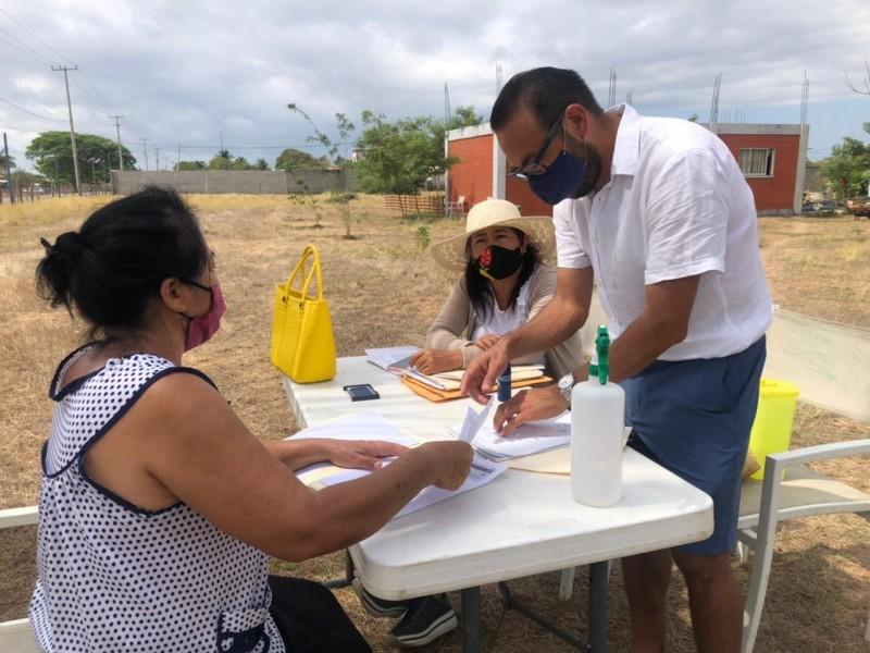 Adultos Mayores de Unión Hidalgo presentan segundo amparo para vacunas