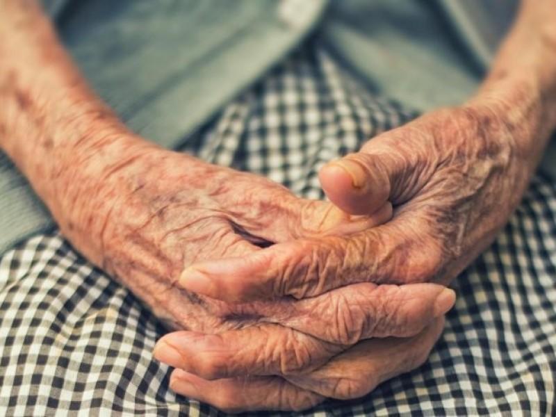Adultos mayores, sector olvidado por las instituciones