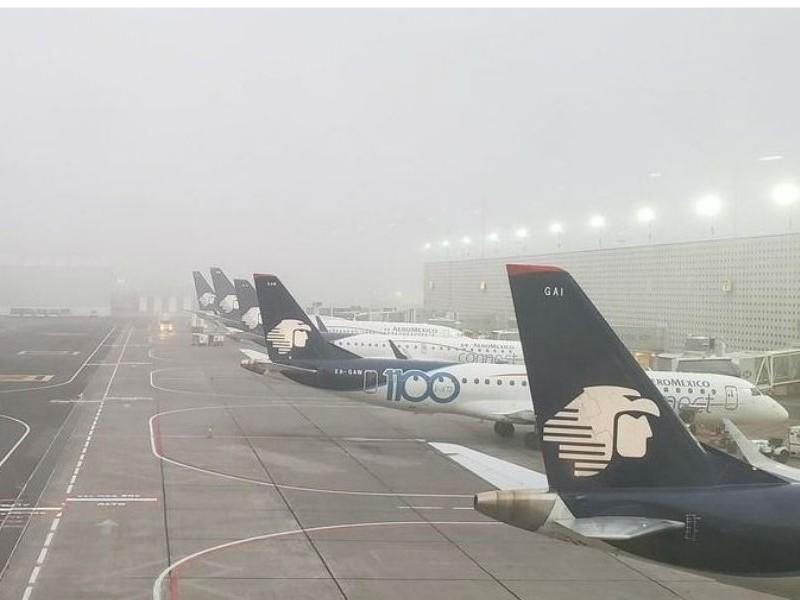 Aeroméxico cancela más de 60 vuelos en AICM