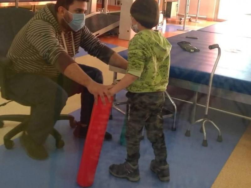 Afecta calidad de terapias a niños recortes en CRIT