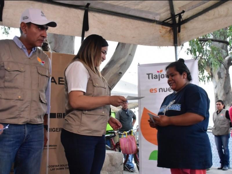 Afectados por lluvias en Tlajomulco reciben apoyos