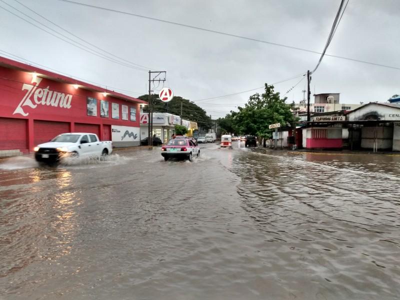 Afectados por lluvias recibirán apoyos del Fonden