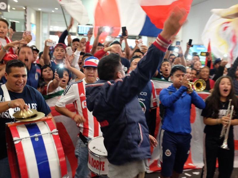 Afición de Chivas intentará retener a Almeyda