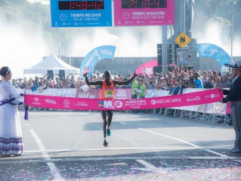 Africanos rompen récords en Maratón Guadalajara Megacable