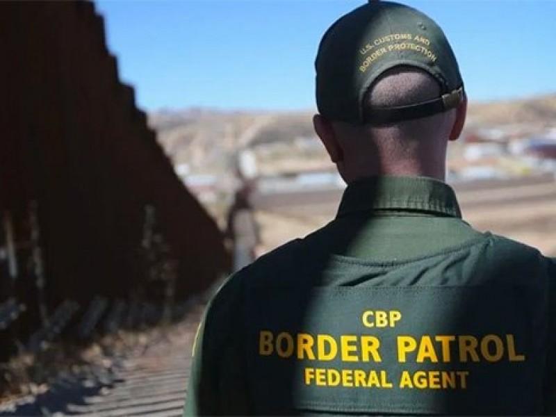 Agente mata a migrante en frontera con México