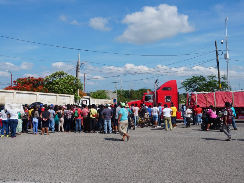 Agremiados al CATEM protestan con bloqueos carreteros en el istmo