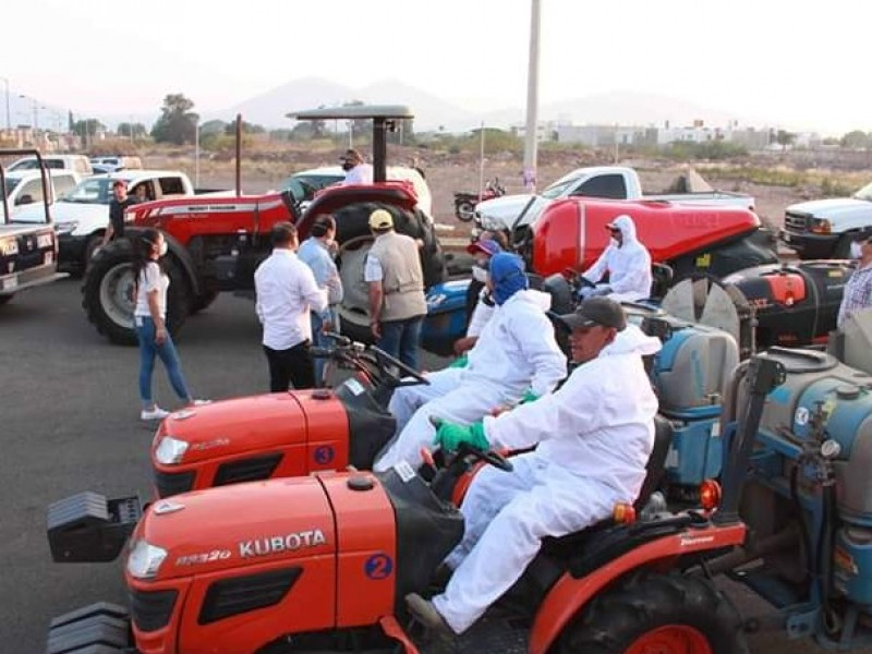 Agricultores zamoranos se suman a labores de sanitización