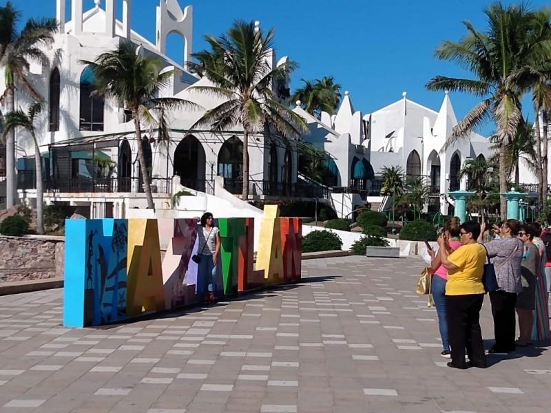 Ahora se cae a pedazos vacaciones de Verano en Mazatlán