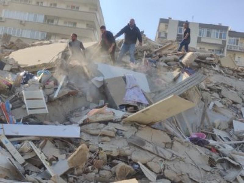 Al menos 12 muertos por terremoto en Turquía