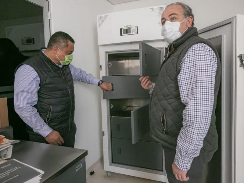 Albergan 9 ultracongeladores en Hospital de Zoquipan para vacunas COVID-19