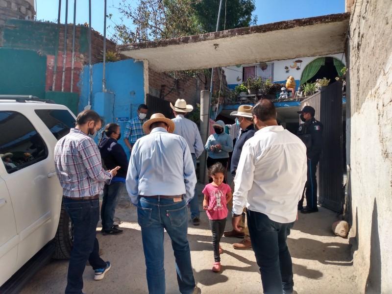 Alcalde de León visita zona de riesgo y omite declaraciones