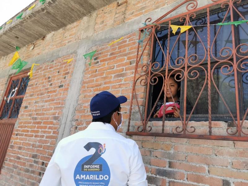 Alcalde de Pedro Escobedo sigue recorrido de entrega de informe