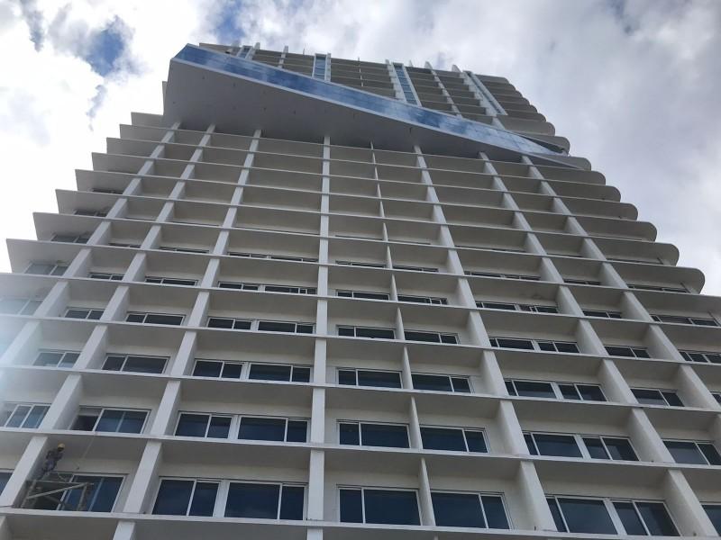 Alcalde de Veracruz insiste la Torre Centro es legal