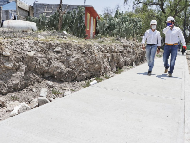 Alcalde supervisa obra de conectividad en Pirámides