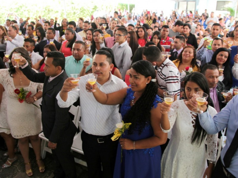 Alcaldías celebran el 14 de febrero con bodas