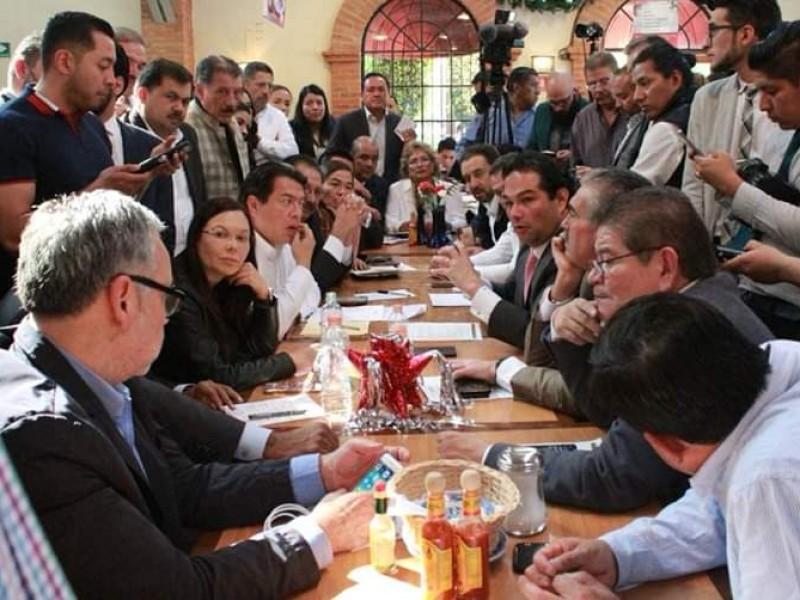 Alcanzan acuerdos alcaldes y diputados, tendrán recursos federales