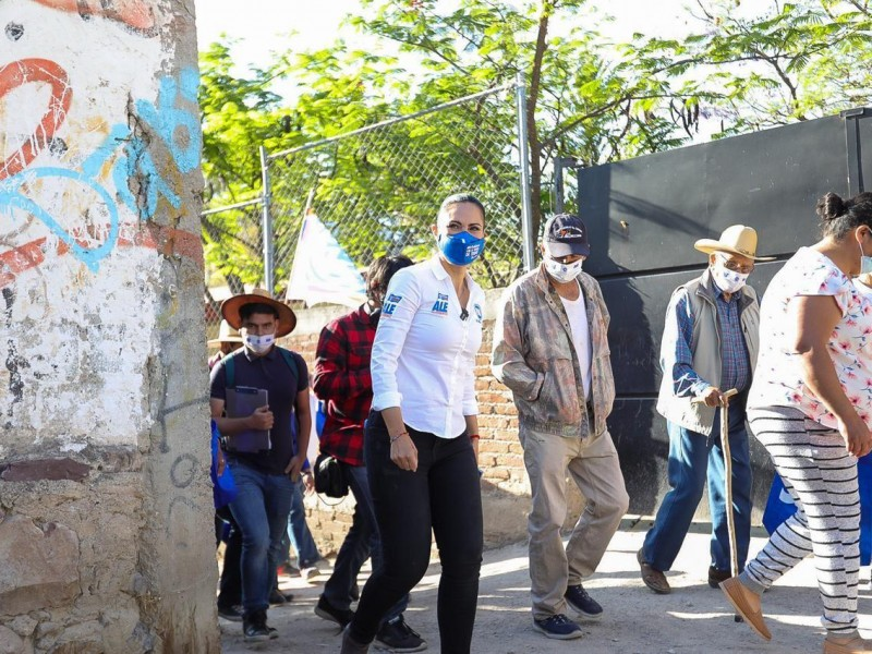 Alejandra Gutiérrez propone seguridad, bienestar económico y ambiental