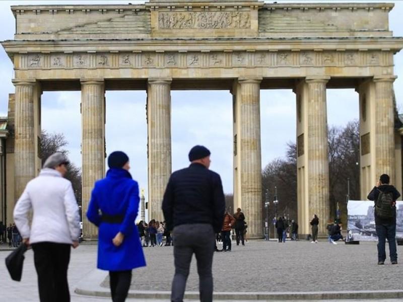 Alemania rebasa los 11 mil casos diarios Covid-19