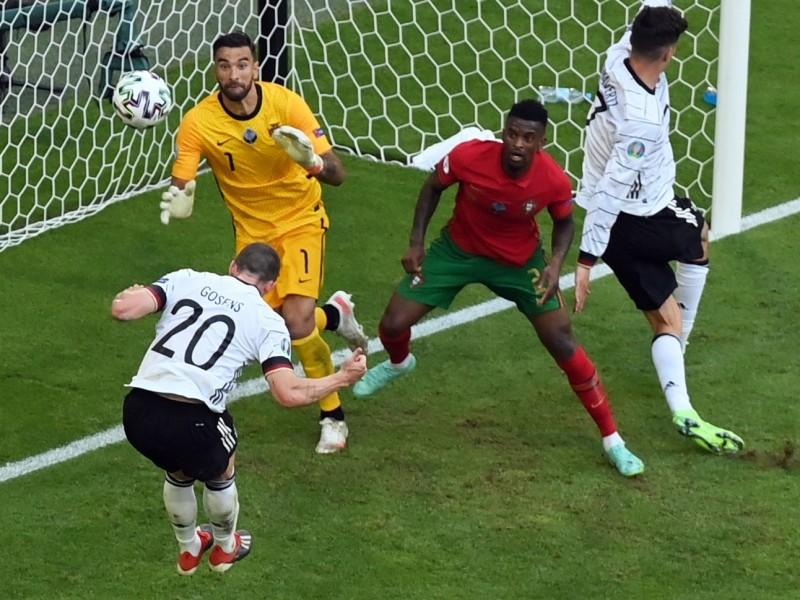 Alemania resucita goleando a Portugal