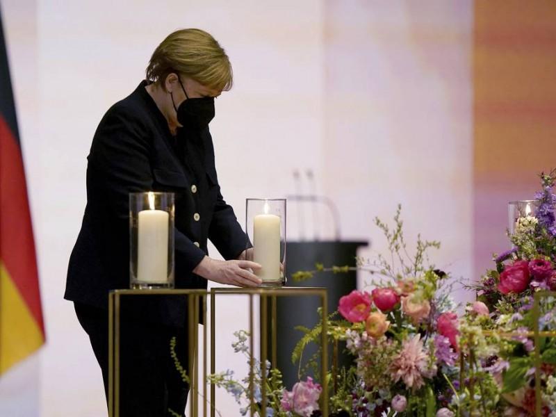 Alemania rinde homenaje a 80 mil muertos por covid-19